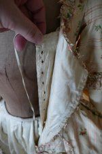 47 antique robe a la Francaise 1770