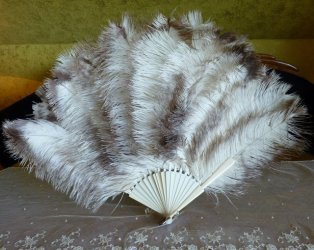 antique marabu fan 1890