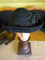 13 antique mourning Hat 1905
