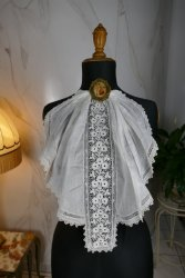 antique jabot 1910