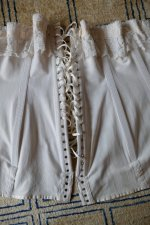 23 antique au royal corset 1910