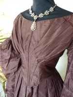 9 antique romantic period gown 1837