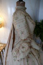41 antique robe a la Francaise 1770