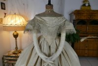 5a antique ball gown 1859