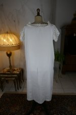 8 antique nightgown 1900