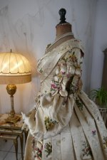 27 antique court dress 1838