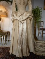 8 antique wedding gown 1877