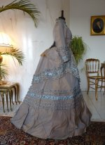 12 antique dress 1877