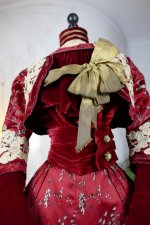 7 antique society dress 1904