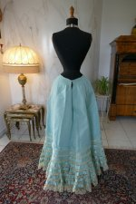 8 antique petticoat 1903