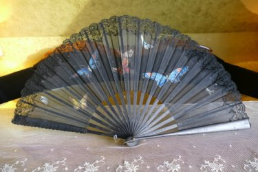 antique fan butterflys 1905