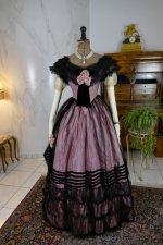 12 antique crinoline ball gown 1855