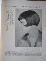 19 Hairdresser Utensils 1930