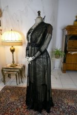 18 antique evening dress 1915