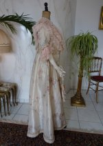 23 antique dress 1909