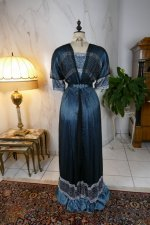 23 antique society dress Kayser 1908