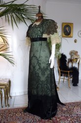 antique-titanic-era-dress