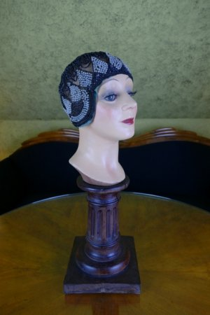 antique gage brothers cloche 1920s