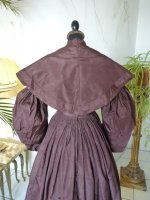 25 antique romantic period gown 1837