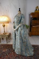 16 antique robe a la francaise 1770
