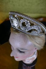 7 antique tiara 1910