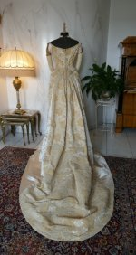52 antique court dress 188
