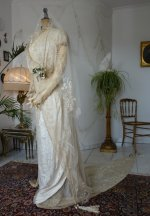 10a antique wedding gown