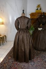 45 antique afternoon dress 1840