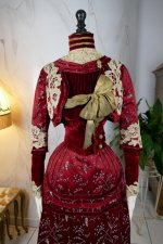 3 antique society dress 1904