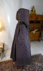 19 antique hooded cape 1790