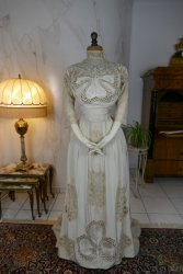 antique gown 1904