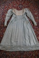 33 antique regency dress 1818