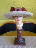 2 antique hat Titanic Cameron 1912