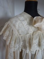 5 antique Peignoir 1895