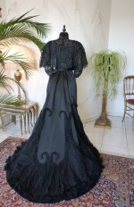 36 antique Worth evening dress 1898