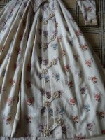 57 antique romantic period dress 1839