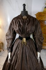 27 antique afternoon dress 1840