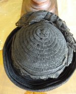 24 antique mourning Hat 1905