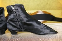 9 antique boots 1855