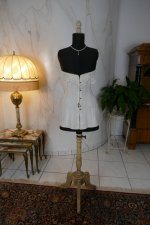 2 antique au royal corset 1910