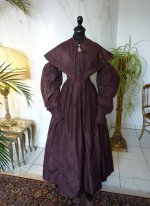 21 antique romantic period gown 1837
