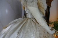 31 antique ball gown 1864