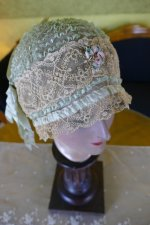 13 antique boudoir Bonnet 1920