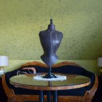 2a antique-table-mannequin