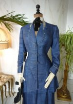 3 antique walking suit 1907