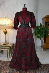 antique dinner dress Silkehuset 1906