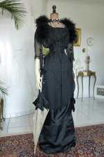 7 antique evening gown 1909