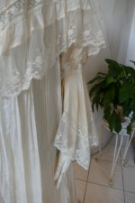 5 antique dressing gown 1890