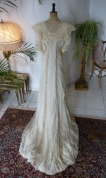 26 antique bridal gown