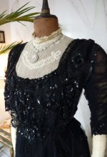 3 antique ball dress 1901